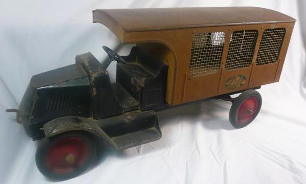 contact us with your buddy l toys for sale free appraisals, buddy l ebay toys for sale, ebay buddy l toys auctions, ebay buddy l trucks auctions,  1920's rare buddy l toys for sale, buying scarce buddy l toy trucks free appraisals, buddy l toys dump bed dump truck express dump lever, www.buddyltoy.com, free sturditoy truck appraisals, buddy l toys headquarters, buying rare buddy l toys, rare buddy l toys with appraisals, buddy l toys prices, old toy trucks keystone buddy two toys buddy l truck values free buddy l appraisals