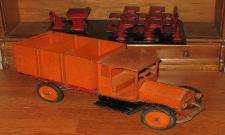 antique toy appraisals, rare sturditoy trucks for sale, sturditoy dump truck wanted email us, free strudtioy armored truck appraisals,  buddy l sturditoy keystone toy trains boats cars airplane keystone sturditoy sturditoy toys, sturditoy steam shovel for sale,buying sturditoy toy trucks