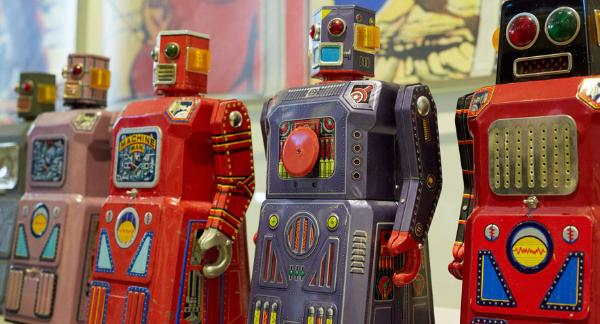 antique toy appraisals buddy l vintage tin robots,vintage space toys for sale, space toys appraisals, keystone coast to coast bus,  keystone trucks space toys kingsbury